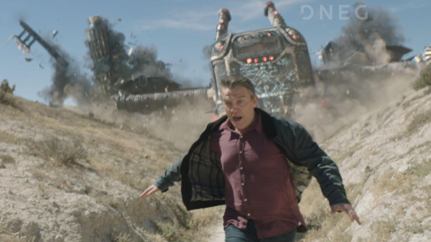 VFX course poster for Live-Action Integration showing man running from a spacechip crashing behind him.